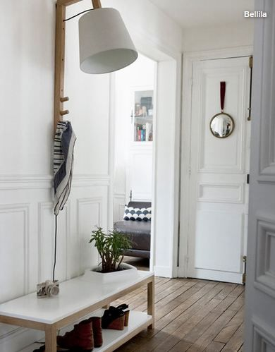 entrée maison porte-manteau luminaire gain de place Home Pinterest