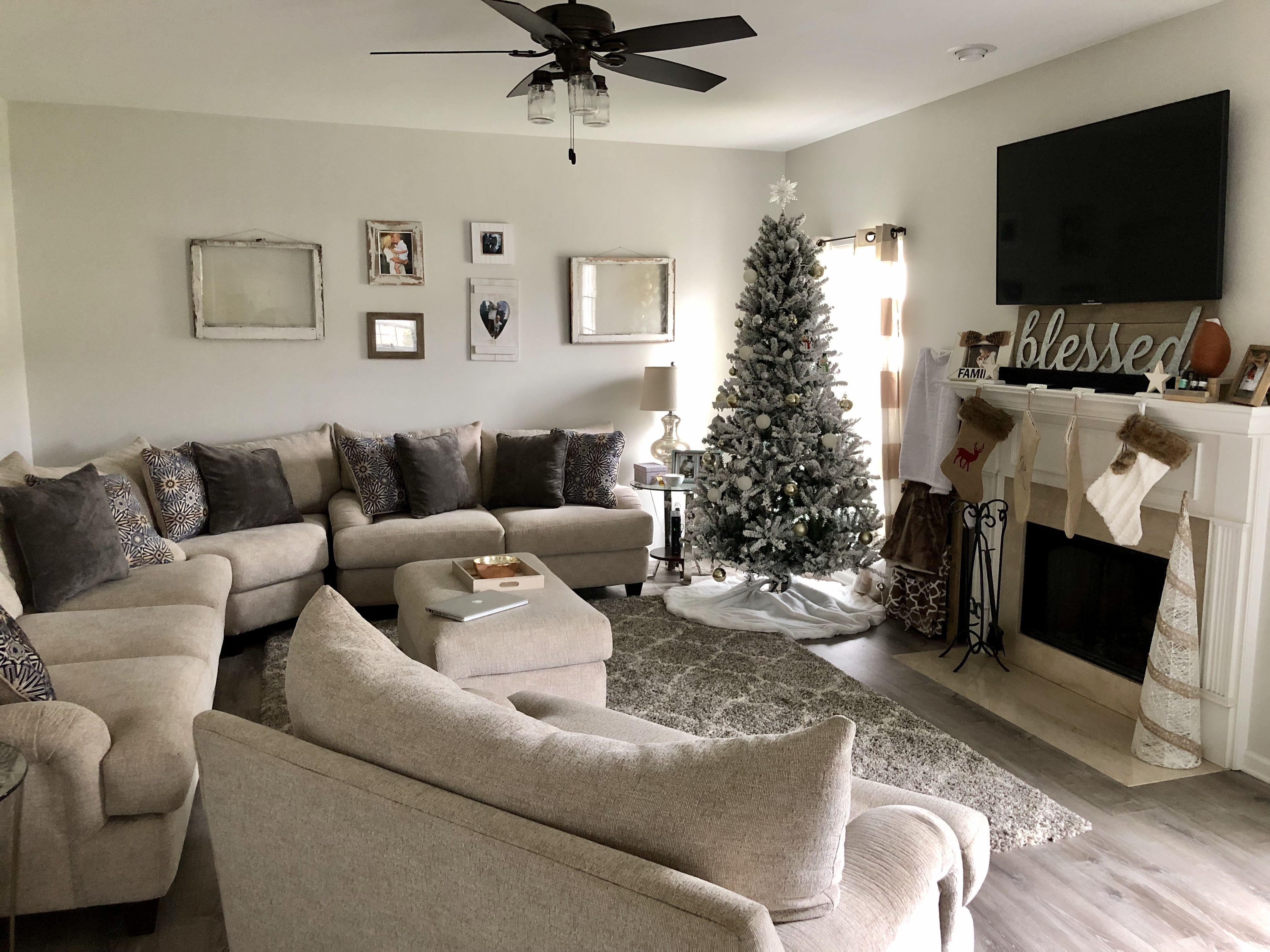 White Farmhouse Living Room Farm House Living Room White Living Room Room #rustic #gray #living #room