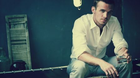 Cam Gigandet Shirt Room Look Charming HD Wallpaper