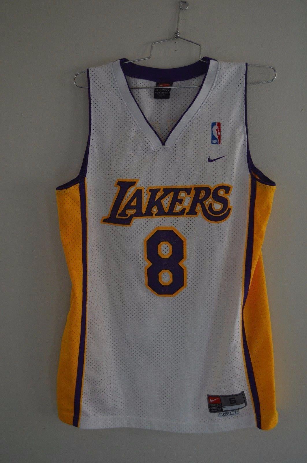 da0bb23eea3 RARE Vintage Nike Los Angeles Lakers Kobe Bryant 8 Home White Jersey Mens S  VTG please