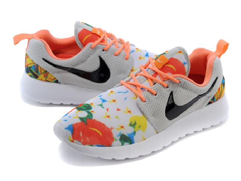 b6444d2850b8  58 Lighting Shoes-Nike Women s roshe run print London Olympics  shoes   sneakers