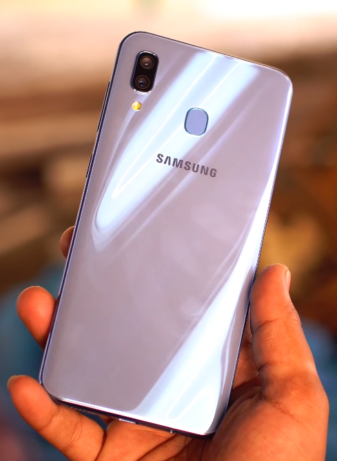 Samsung Galaxy A30 Customizar vestidos, Celulares