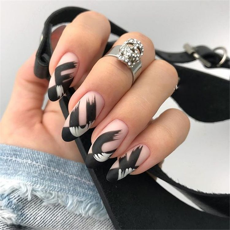 38 Elegant Almond Matte Nails Design Ideas Matte Nails Design Acrylic Nail Designs Cute Nails