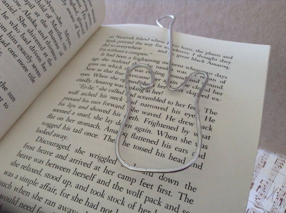 Guitar shaped wire Bookmark... shaped and hammered by ErnieBugs