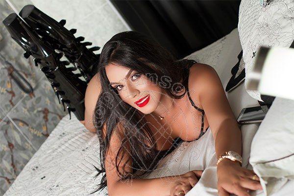 Big tit date lines sex