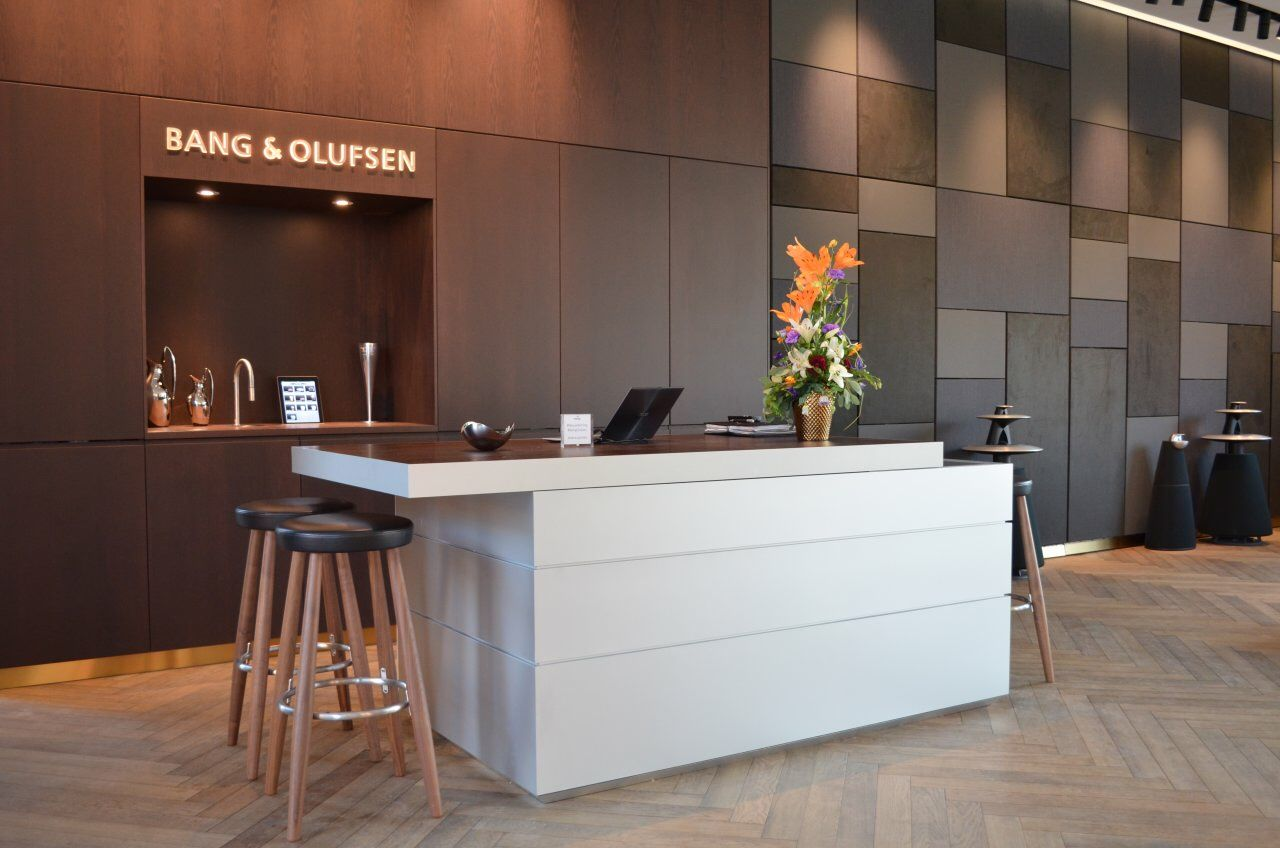Bang & Olufsen flagship store #Store #Concept #Retail #Design #TopBrewer #CoffeeMachine #iPadControl