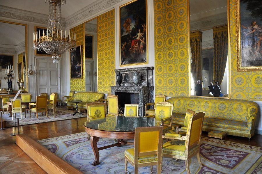 Le Salon de famille de Louis–Philippe   Le grand trianon, Trianon,  Versailles