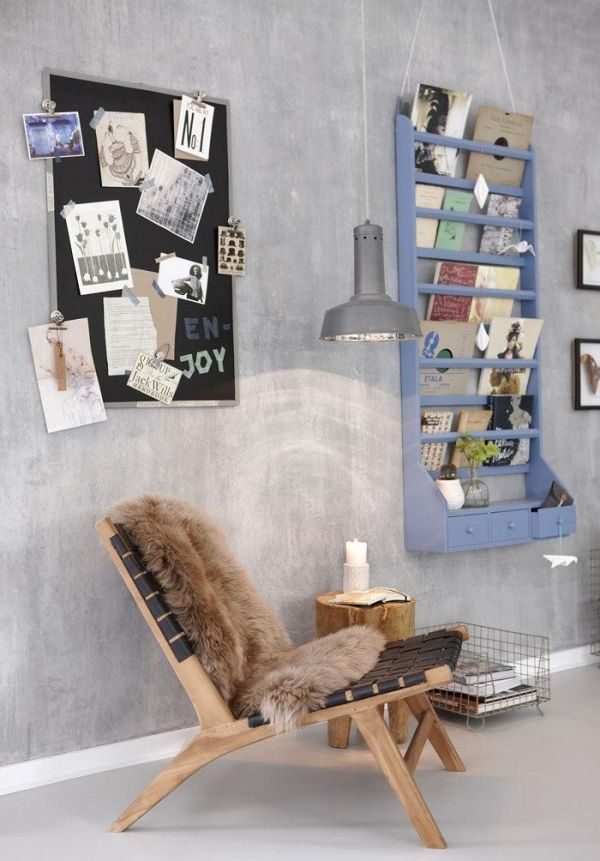 Holz Sessel Fell Decke Moderne Wohnung Wandregal