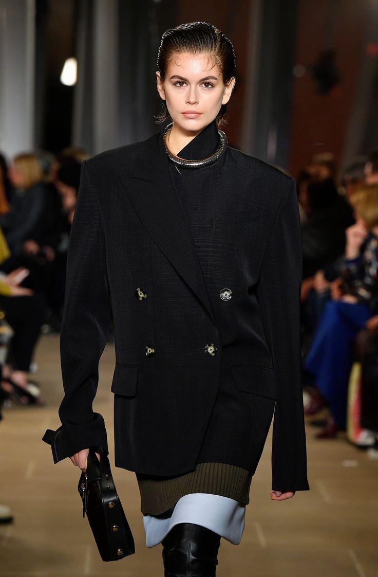 Kaia Gerber is spitting image of model mom Cindy Crawford on New York Fashion Week runway