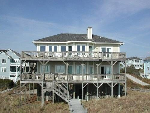 Cardinal. Oceanfront beach rental. 4 Bedrooms, 4.5 Baths. Oceanfront master bedroom with jacuzzi. 9811 Sandy Court Emerald Isle, NC.