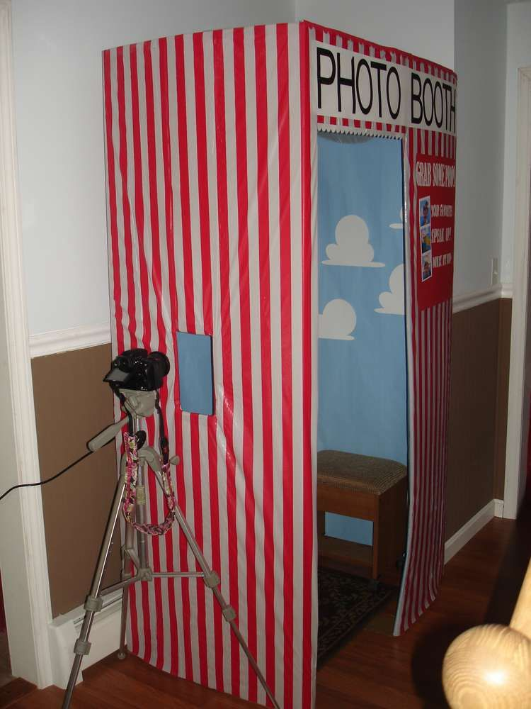 Photo of Photo Booth from Toy Story Midway Mania Carnival Birthday Party Ideas | Photo 1 …