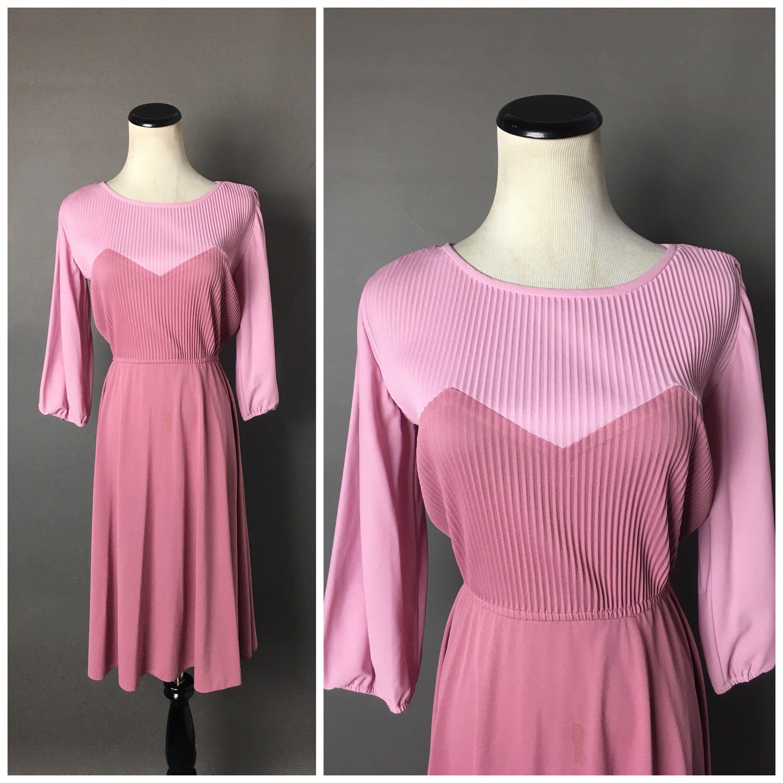 Vintage 70s Dress 1970s Dress Color Block Dress Pink Etsy Vintage Dress 70s Fit And Flare Dress Colorblock Dress [ 3000 x 3000 Pixel ]