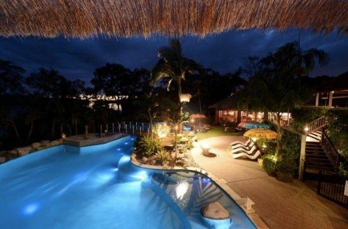 Luxus pool  luxus pool idee für luxus ferienhaus mit pool | Luxuriöse Designs ...
