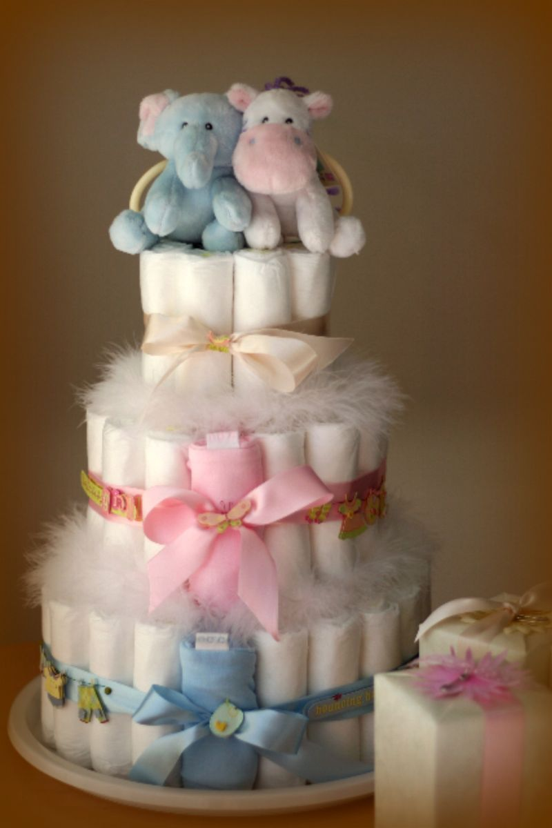 Twin Diaper Cake So Cute With Images Baby Shower Crafts Baby Diaper Cake Baby Diapers