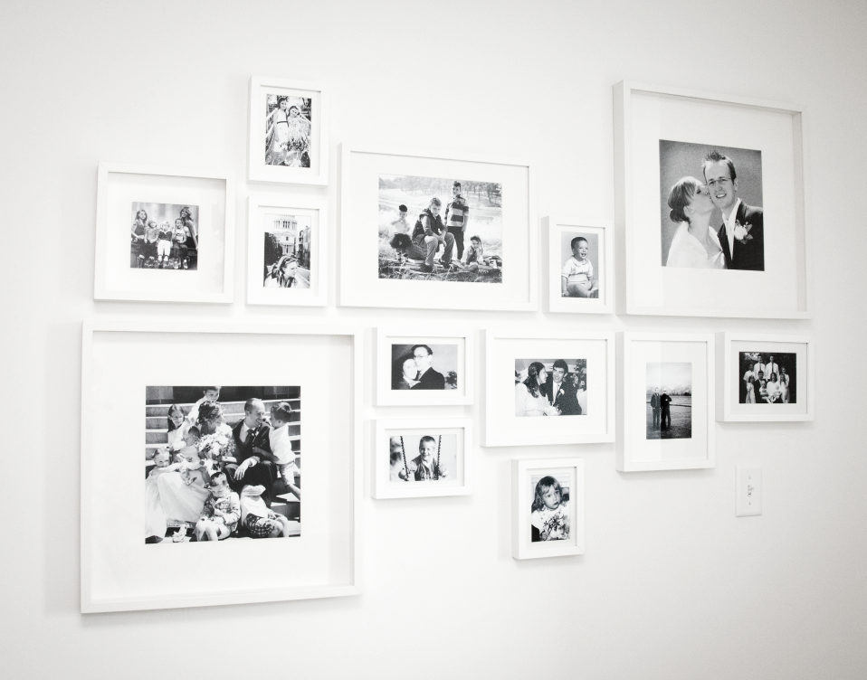 Boxwood Clippings » Blog Archive » Martha Stewart Photo Wall | Home ...