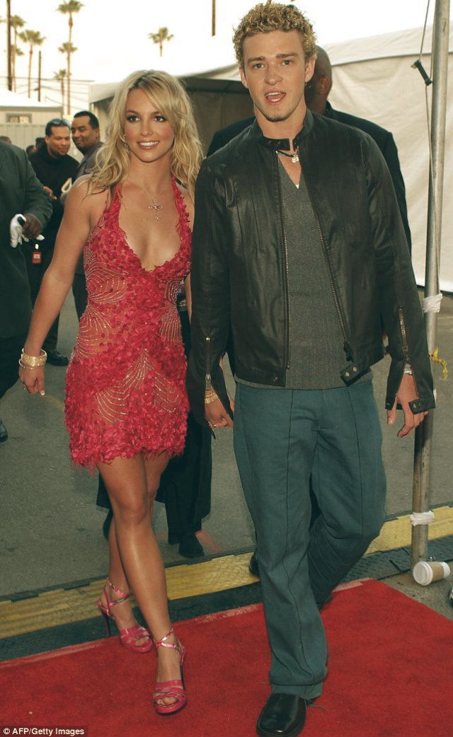 '90s Halloween Couples Costumes | POPSUGAR Love & Sex