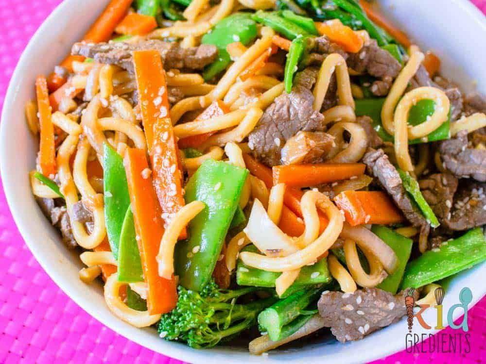 Bulgogi style beef with noodles and veggies | Recipe ...