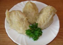 Photo of Hairy dumplings of raw and boiled potatoes – detailed