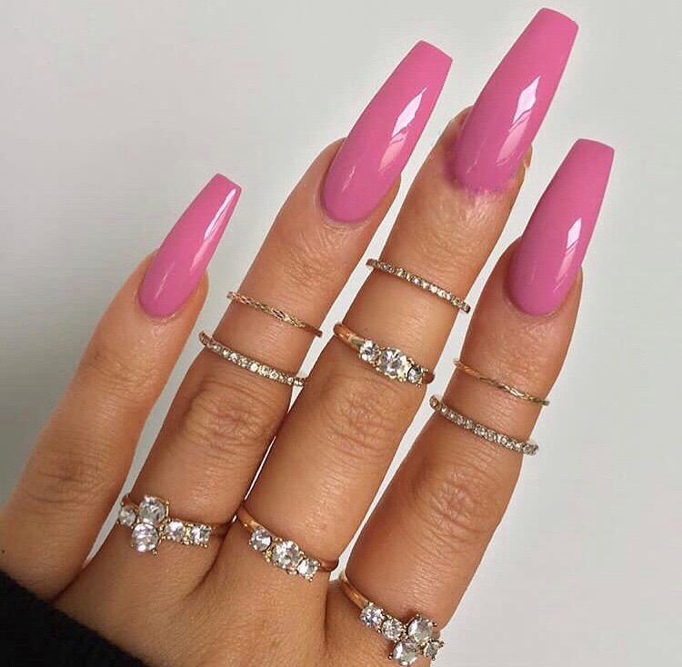 Image about pink in nails by daphne🕷 on We Heart It