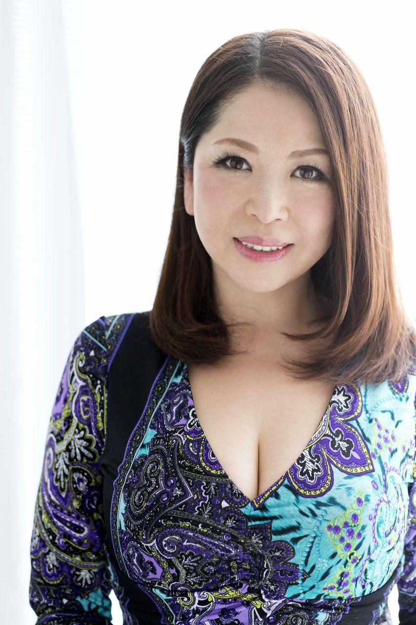 Sexy photo sexy com Kayama Natsuko