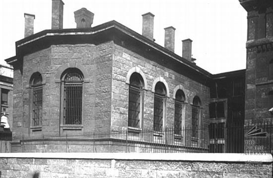 The Old Hamilton County Jail On Sycamore St Cincinnati Ohio Cincinnati Hamilton County