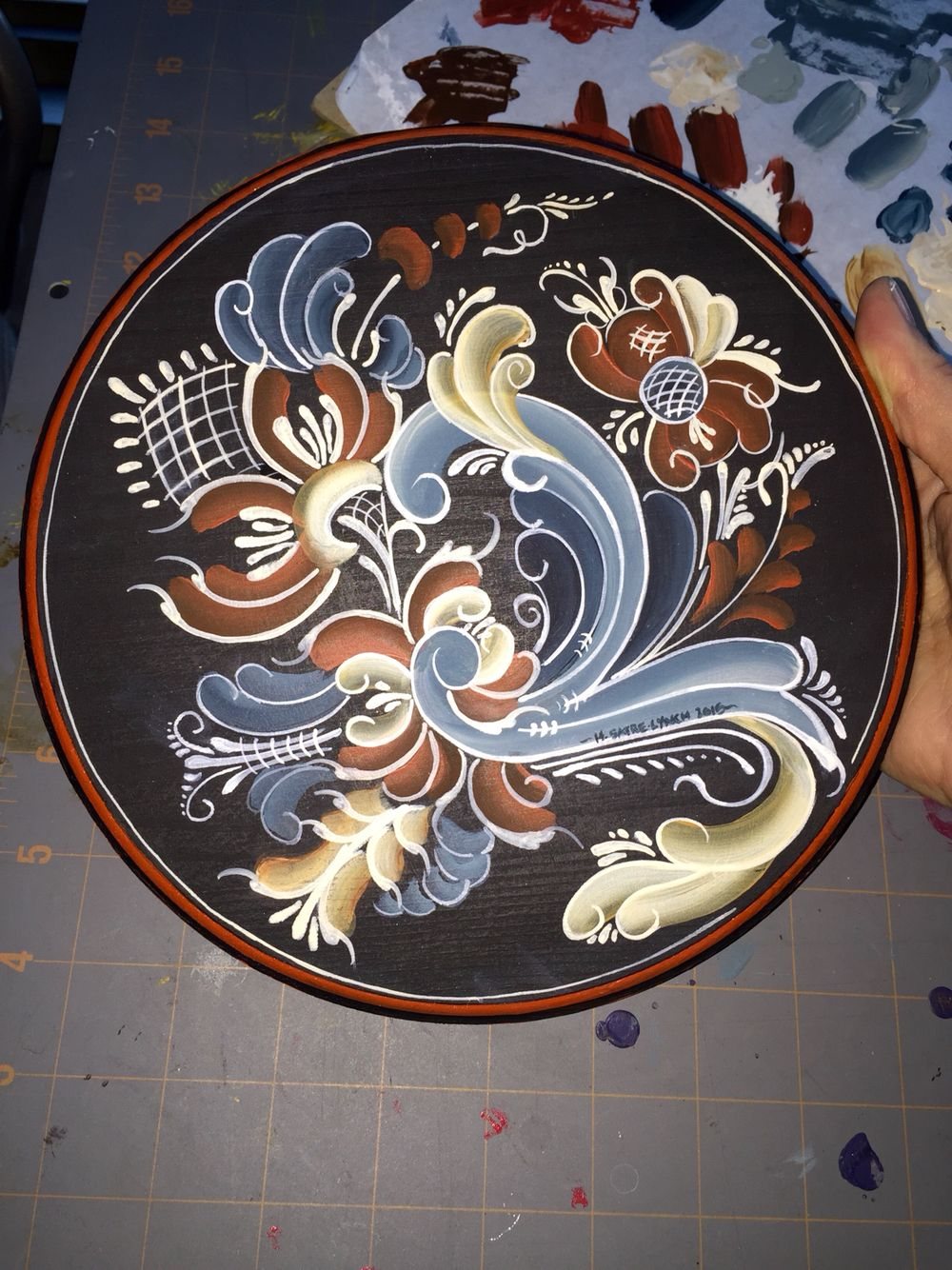 Rosemaling, Telemark style Plate - painted by Harmony Satre-Lynch 2015 #rosemaling