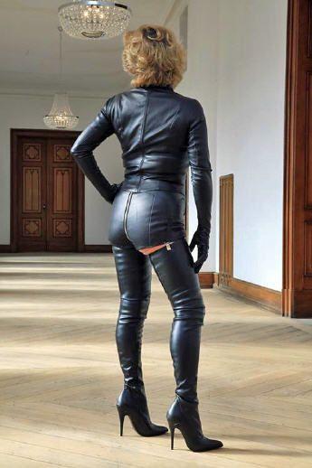 Fashion Unlimited - High-Heels, Overknee Stiefel, Pumps ... | 345 x 518 jpeg 28kB