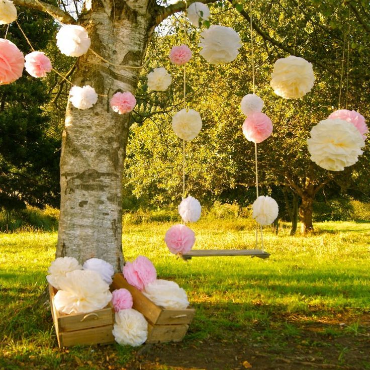 Resultado de imagen de decoracion exterior iglesia boda for Arboles florales para jardin