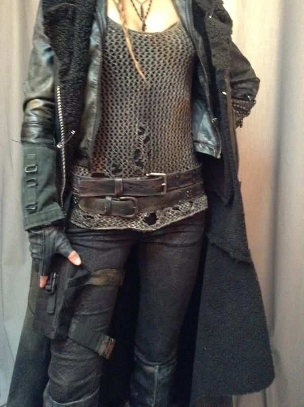 Love the top and the coat. And belts and pouches are ...