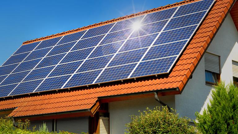 1 Provides Clean Renewable Energy Solar Panel Cost Solar Panels Roof Roof Solar Panels