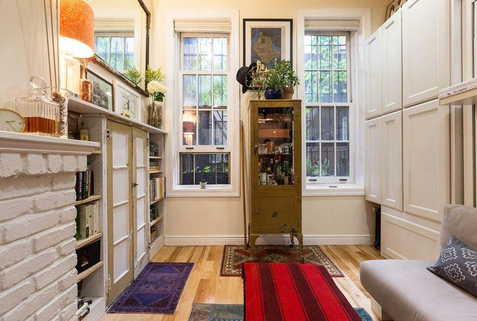 242 Sq Ft Nyc West Village Apartment Apartments Under 300 Square Feet Tiny Studios
