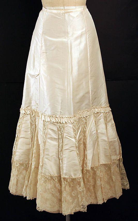 Petticoat Date: 1890s Culture: American Medium: silk
