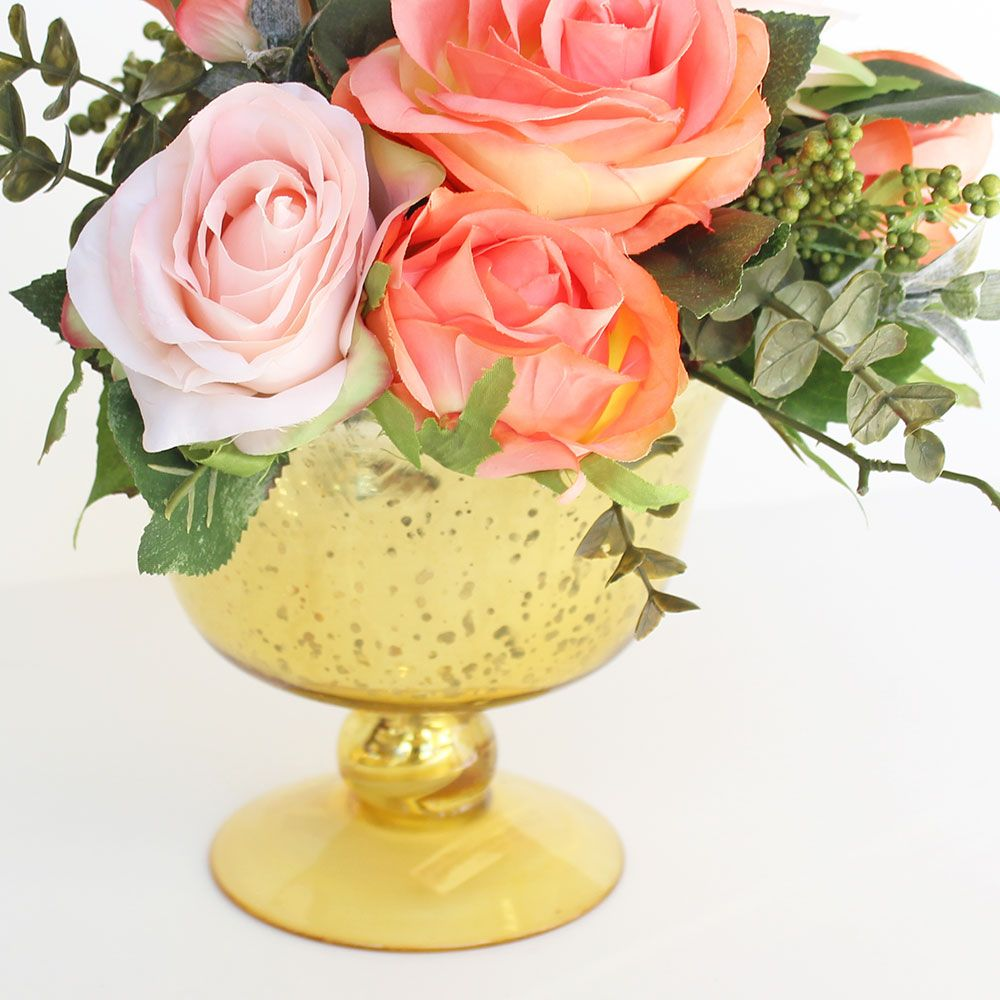 This gold mercury vase will be the perfect addition to
