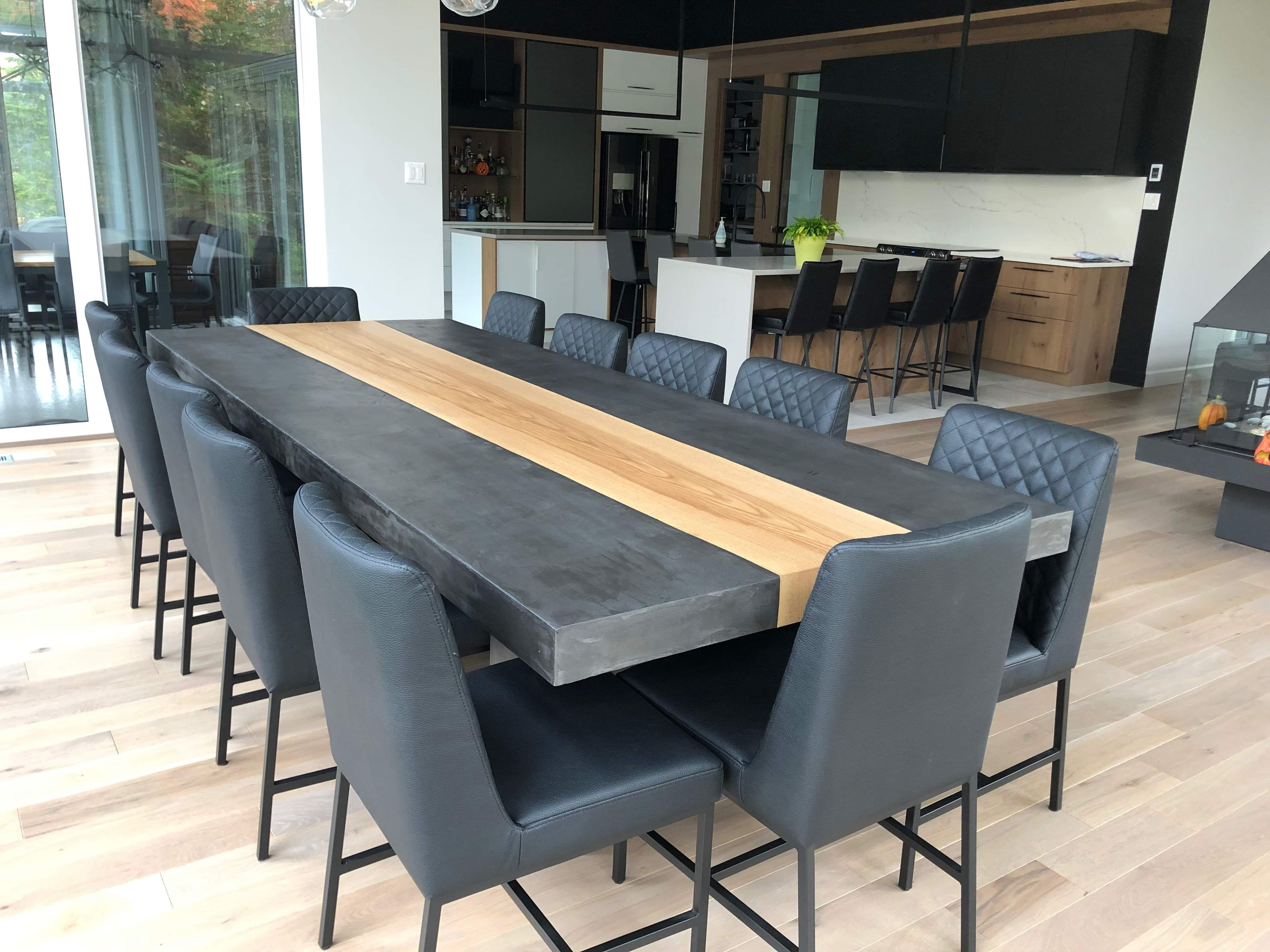 Table Kenogami Beton Onyx Frene Ambree 120 Lo X 48 La 3 1 2 Epais Chaises Marvin Cu009 5 Surmesure Lusine Tabl Dining Table Table Home Decor