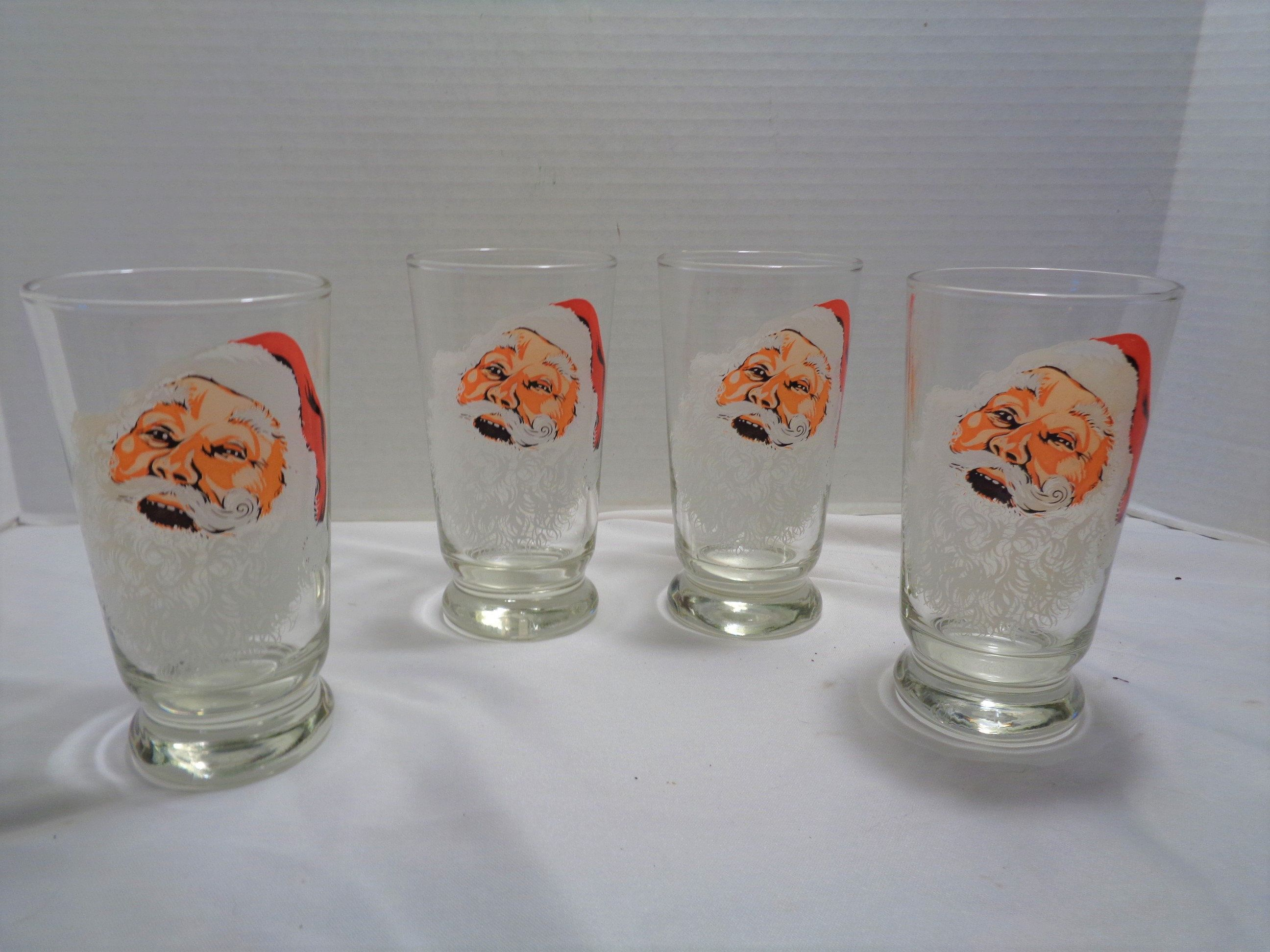 Vintage Santa Claus Christmas Holiday Drinking Glasses Set Of 4