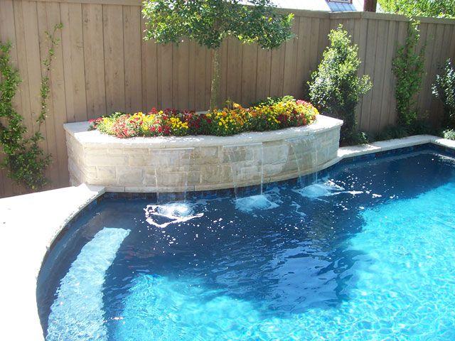 Lovely planter on the raised beam. Pool-08
