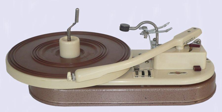 Joboton 5 turntable (1953)
