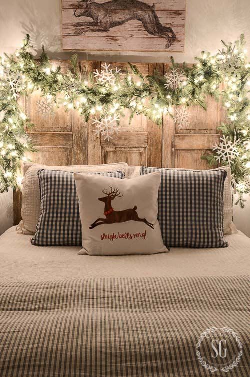 40+ Fabulous Rustic-Country Christmas Decorating Ideas christmas