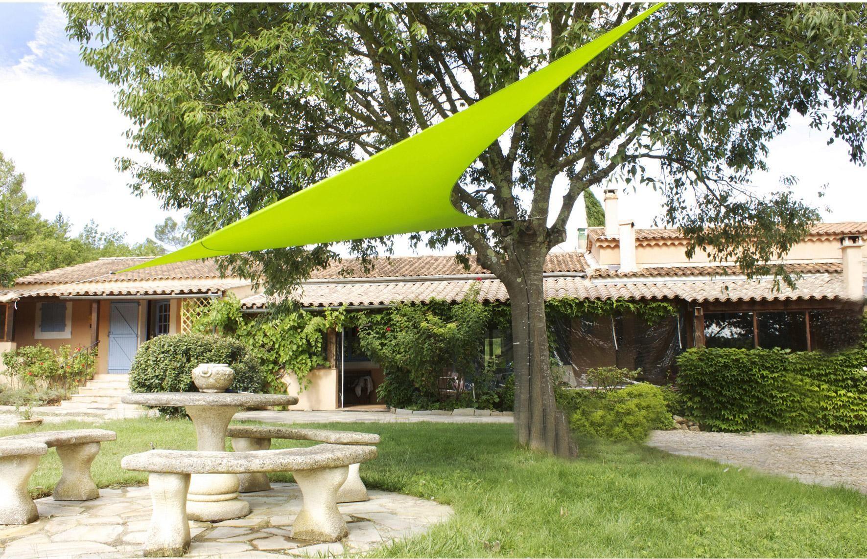 Voile d\'ombrage triangulaire vert anis L.560 x l.400 cm ...