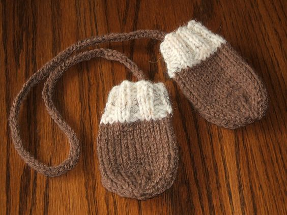 Ravelry Fast Baby Mittens Pattern By Lucy H Lee Knitting