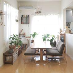 狭いお部屋でもよくばっちゃおう 無印のソファーダイニングがあるリッチな暮らし 無印良品 リビング インテリア ソファーダイニング