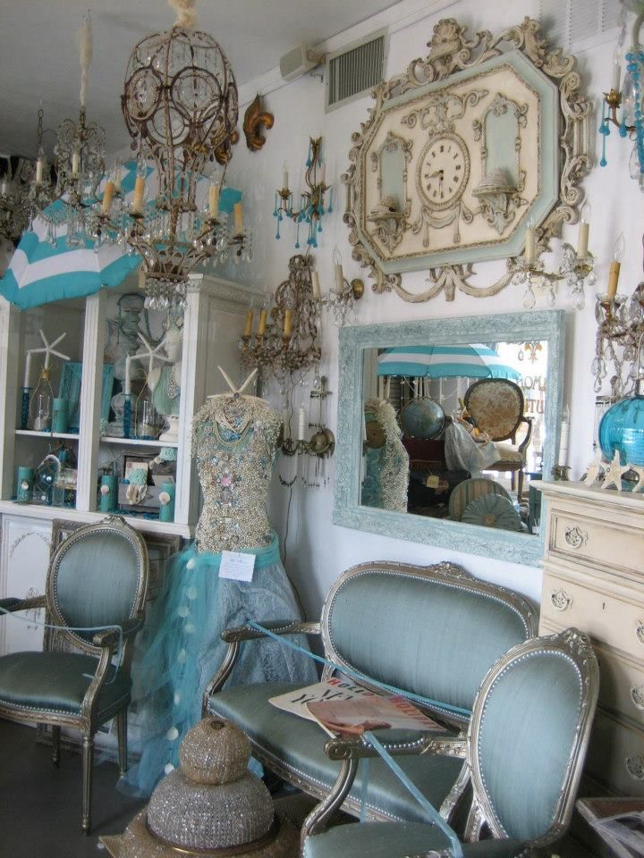 paris flea market style vignette brocante pinterest flea market style paris flea markets. Black Bedroom Furniture Sets. Home Design Ideas