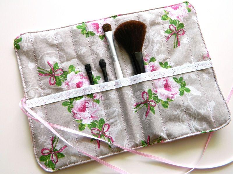 Pinselrolle, Pinseltasche, Schminktasche, Make-up von rosarot-designs auf DaWanda.com