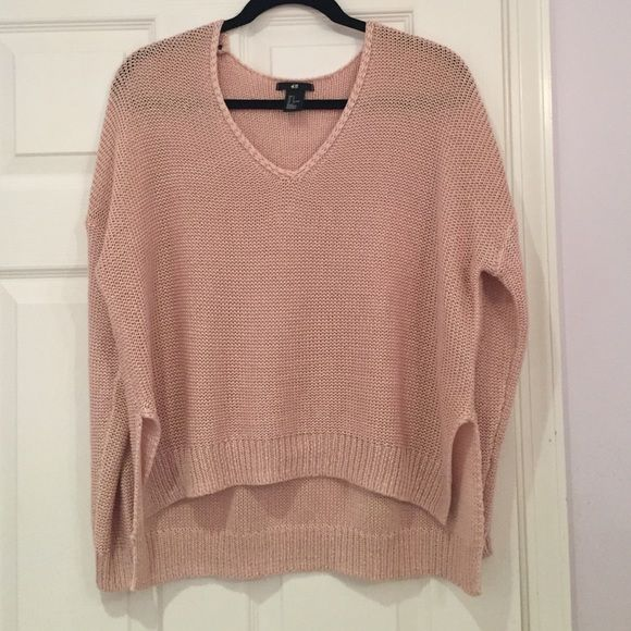 Cozy Oversized H&M Sweater I'm selling an oversized, pink sweater I bought last year at H&M. It has only been work a few times and is in excellent condition. Size small. Price negotiable. H&M Sweaters V-Necks