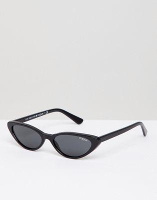 54d2fe4c184279 Vogue Eyewear - Lunettes de soleil yeux de chat par Gigi Hadid in ...