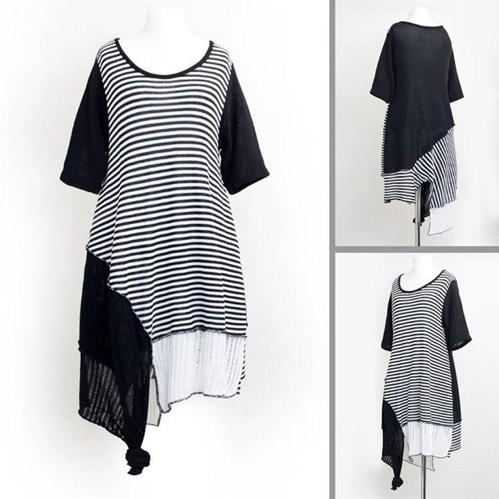 SEELENLOOK #NEWS  Neu im Onlineshop: Streifen-Strickkleid von D-Celli Schwarz-Weiß Gr. 40-42. Preis: 8990 (inkl. MwSt.) Kostenloser Versand in Deutschland!   Direktlink zu Neuheiten:  https://seelenlook.de/damenmode-neuheiten   #Lagenlook #Plussize #Fashion #Mode #Style
