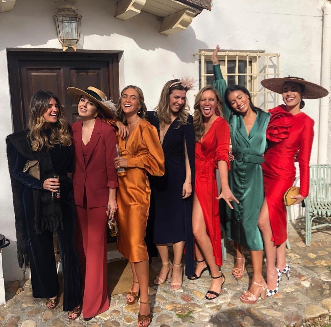 Invitada Ideal By Margarita On Instagram Por Fin Invitadas Ideales De La Bo Vestidos Boda Invierno Vestido Invitada Boda Dia Vestidos Para Boda Invitada