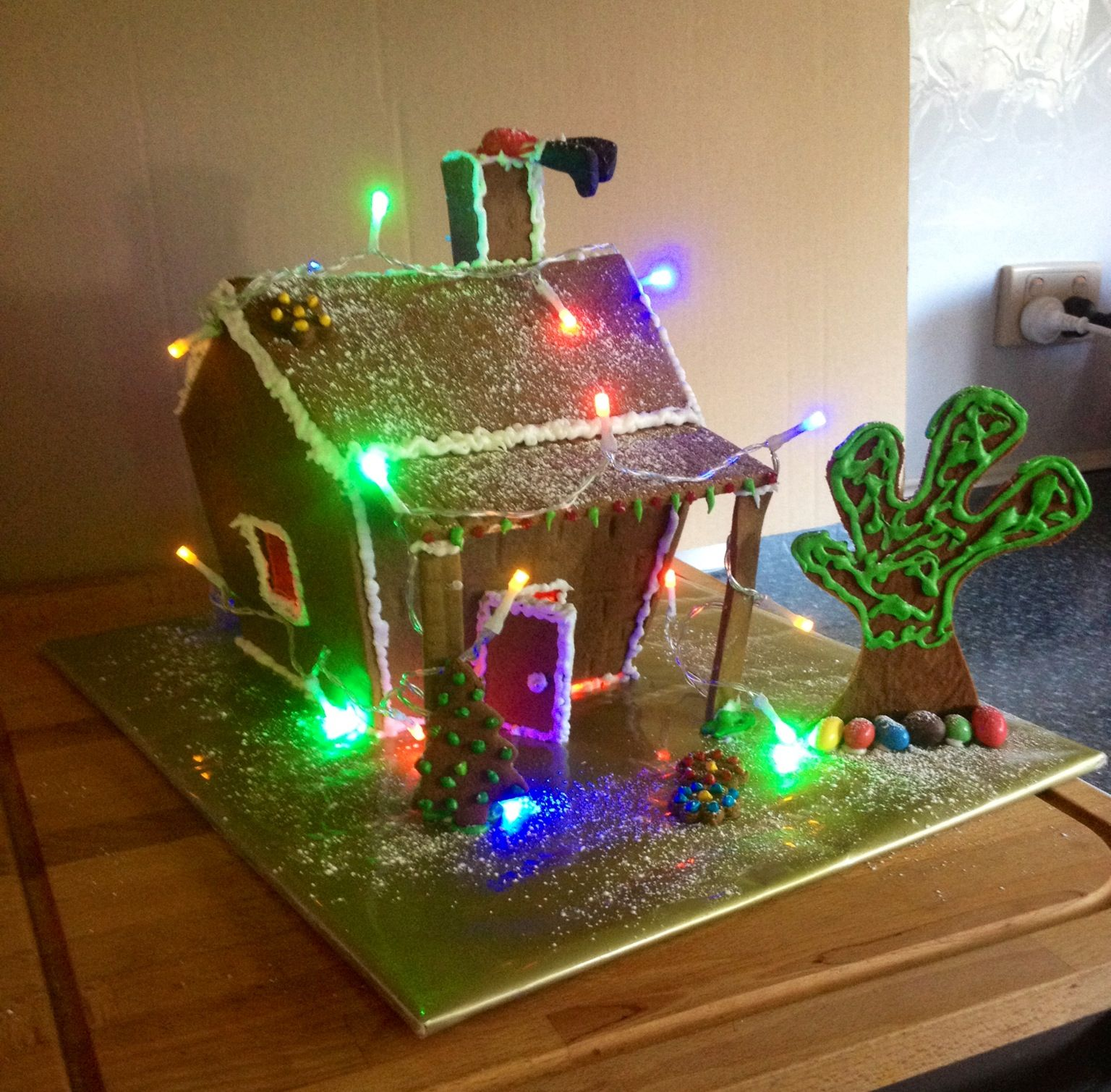 2013 this years Australian Outback Shack Gingerbread House