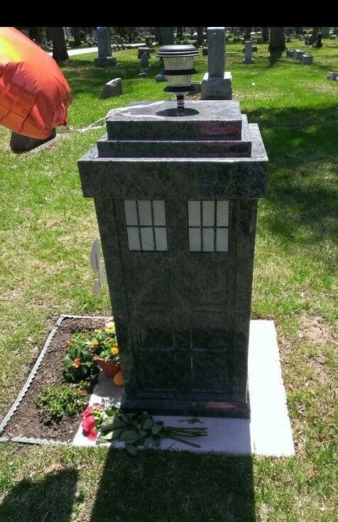 T A R D I S Headstone In Appleton Wi Usa Truly A Dedicated