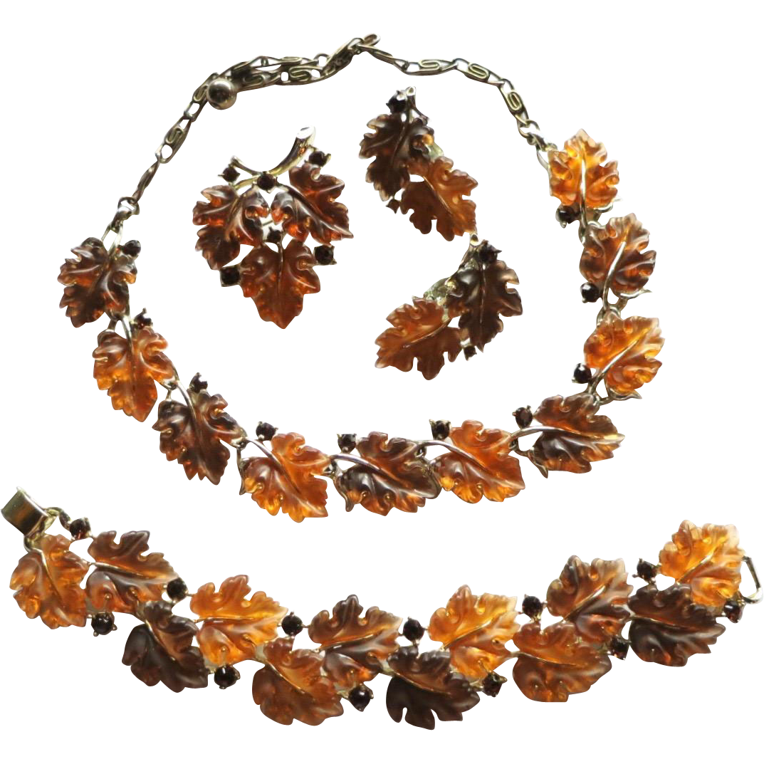 Vintage 1950s Lucite Necklace /& Earring Set Signed Star Rhinestone and Lucite Leaves Clip-on Earrings Gold Tone
